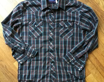 Midcentury Wrangler pearl snap shirt black red green long sleeve chest 46 L/XL thin poly cotton slim fit