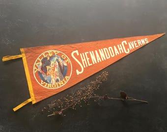 Vacation pennant vintage 1940s Shenandoah VA~ felt with Valley of Virginia Caverns ~ memorabilia souvenirs from MilkweedVintageHome