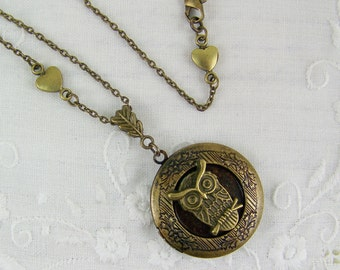 Owl Locket, Woodland Locket, Bird Locket, Owl on a Branch, Hoot Owl, Great Horned Owl, Keepsake Locket, Picture Locket, Antique Gold Owl
