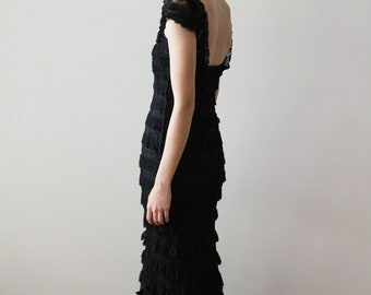 Vintage 1940s - 50s Black Lace Full Length Mermaid Gown with Cap Sleeves