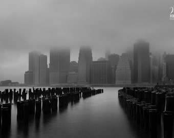 Black and white picture of Manhattan, Fog over New York, New York pics, photo of New York, Foggy day, black and white pics, Manhattan pics