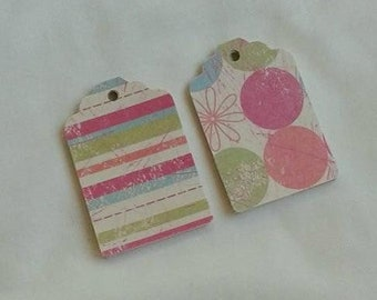 Circle with Flowers and Strip Gift Tag Set