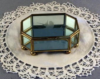 Vintage Brass Framed Etched Glass Jewelry Box // Etched Glass Cover // Mirror Base // Curio Box // Display Box // Footed Show Box