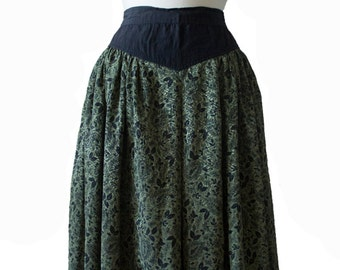 Beautiful vintage 1980's high waisted floral skirt, green, black, womens, extra small, small, flowy vtg