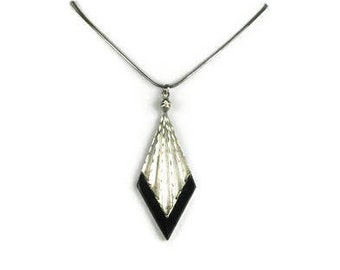 Sterling Silver Arrowhead Pendant Necklace