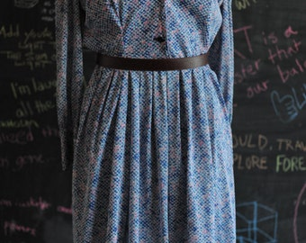 Casually Young Blue & Pink Soft Speckle Dress