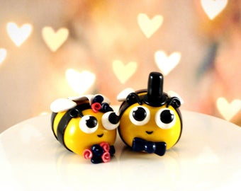 Bee Wedding Cake Topper Honeybee Bride and Groom Cake Topper Wedding Decoration Spring Wedding Decor