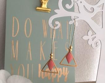 Fine earrings - Bohemian chic trend - geometric - gold - triangle diamond powder - pink
