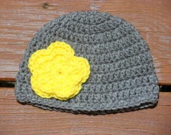 Infant Flower Cap, Baby Girl Hat, Gray Baby Hat, 3 Months Hat, Newborn Crochet, Big Flower Applique, Baby Item, 6 Months Hat, 12 Months