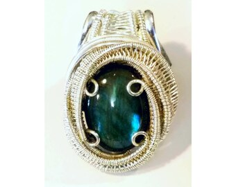 Labradorite Heady Wire Wrapped Pendant