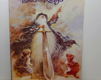 """Book Nerd Gift: """"The Lord of the Rings"""" Animated Film Souvenir Program 1978 Hobbit Tolkien Middle Earth Gandalf 18 page illustrated COLOR PL"""