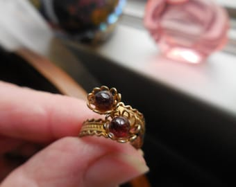Vintage 1950s to 1960s Double Twisted Filigree Ring Flowers Redish Stone Garnet Double Slightly Adjustable