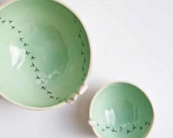 TWEET BOWL, ceramic bird bowl, white and green pottery bowls, ceramic bowls set, nesting bowls set, modern serving bowls, made in Ireland