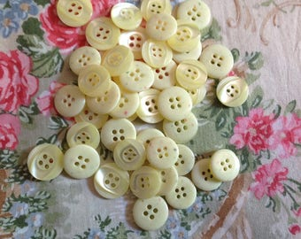 Set of six vintage buttons, Pearl, 18mm diameter
