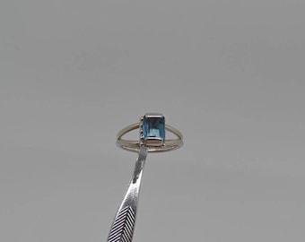 Topaz Ring, Swiss Blue Topaz Ring, Sterling Silver Topaz Ring, Emerald Cut Topaz, 1.5 Carat Topaz, Ladies Topaz Ring, 925, 1525