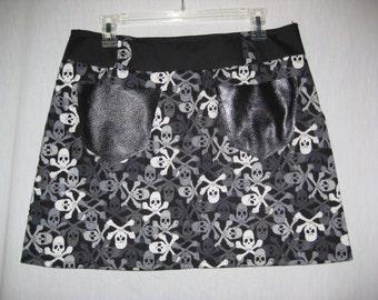 Skull and Crossbones Mini Skirt black and white