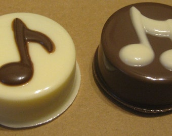 Music note chocolate covered sandwich cookie Oreo one dozen