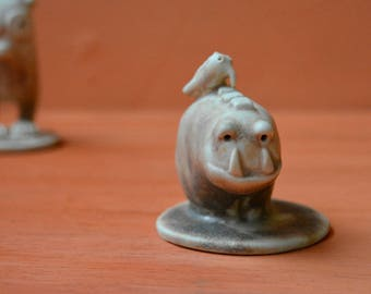 Ceramic mini sculpture - Toothy and bird - made by TopCat