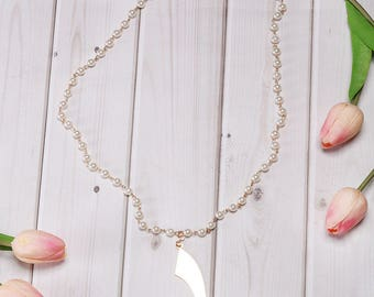 Arabic Letter Pearl Necklace ( Letter Dal in English D )