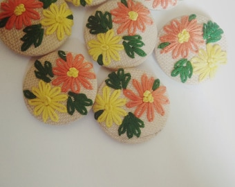 Buttons|Handmade buttons|cross stitched buttons|hand stitched buttons|button|flower buttons|flower design|hand embroidered buttons
