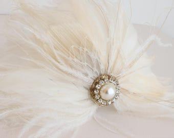 Feather Fascinator, Wedding Feather Flower, Bridal Feather Headpiece, Bridal Feather Accent, Feather Adornment, Bridal Feather Flower