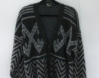 90's patterned cardigan