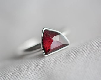 size 6.75 - sparkling deep red garnet gemstone ring. sterling silver. natural faceted dark red gem jewelry. january birthstone