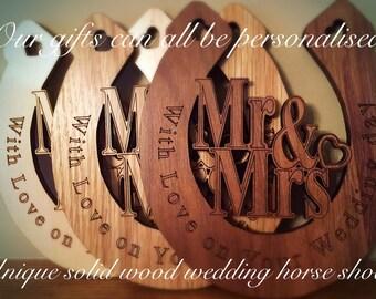 Traditional wedding horse shoe