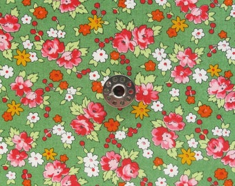 FAT EIGHTH Spring-a-ling by Sandy Klop for Moda | Green floral fabric for patchwork, stash building, or small sewing projects.