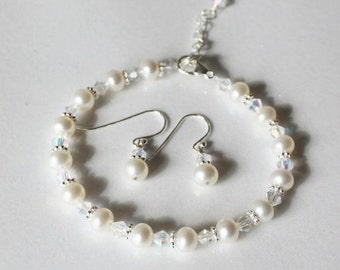 Bridesmaid gift set, Real pearl bracelet and earrings set, bridal gifts, bridal party jewelry, wedding pearl set, bridal party pearl jewelry