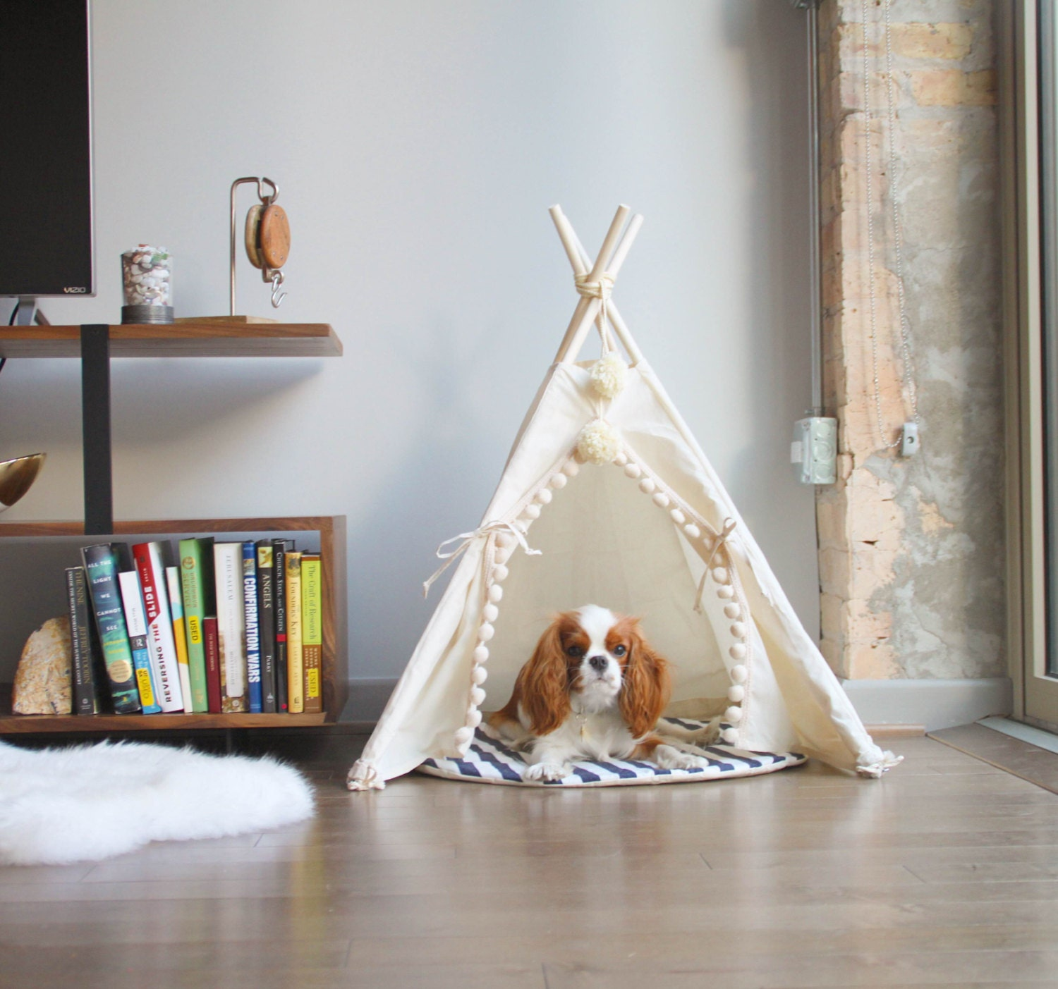 ?zoom & Pet tipi with poles and pad: 4 pole pet tipi teepee tepee