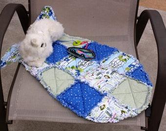 Cat Bed, Fish Shaped Cat Bed, Colorado Catnip Mat, Blue Cat Mat, Pet Supplies, Cat Accessories, Indoor Cat Mat, Pet Mats & Pads, Cat Blanket