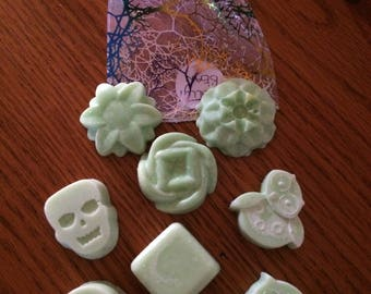 8 Homemade Highly Scented Jelly Bean Soya Wax Melts