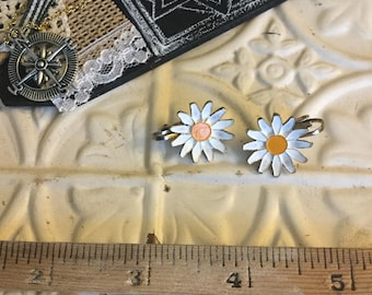 Vintage Daisy Painted Metal Clip on Earrings