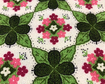 Vintage Fabric Remnant 1 1/2 Yard NOS Dead Stock Barkcloth Mid Century Mod Floral pink red green Geometric Tile Pattern Spring Green Forest