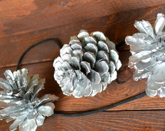 Silver Pine Cones Rustic Garland/Handmade/Natural PineCone Garland/Pine Cone Ornaments/Valentines Day Decor/Rustic Wedding Garland/Fireplace
