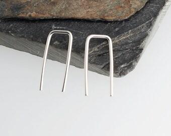 Silver Staple Arc Earrings, Minimalist Arc Earrings, Silver Arc Earrings, Arc Earrings, Line Earrings, Wishbone Earrings 17 x 1mm