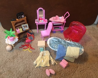 Barbie Doll Furniture & Accessories (used)