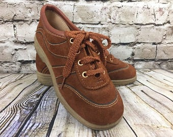 Vintage Brown Suede Shoes Oxford Rubber Soles Size 5 1/2 Women's Rust Cognac Young Modes Lace Up
