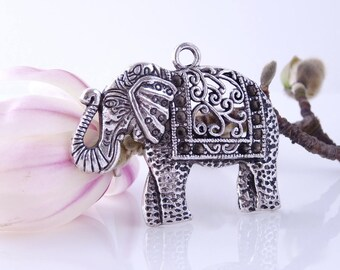 1 large Elephant pendant Ajoure 41 x 50 mm - silver