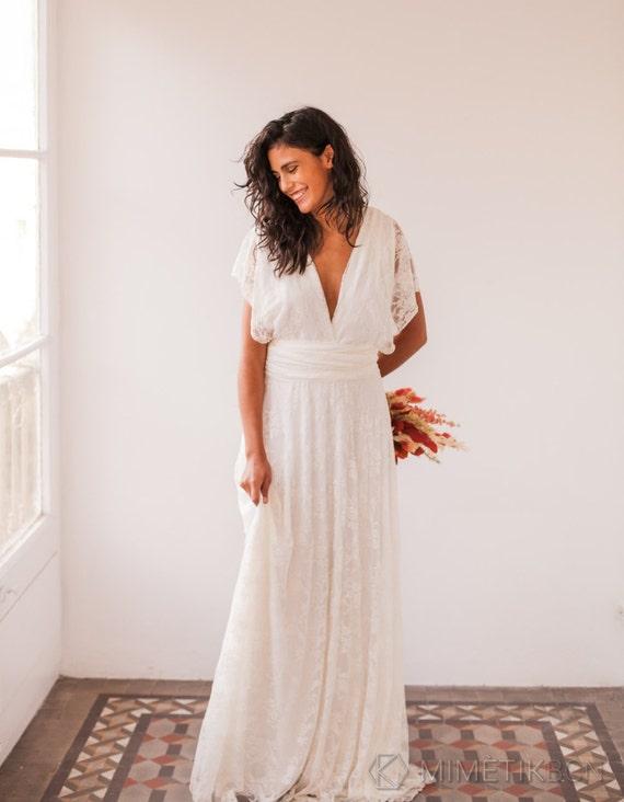 Bohemian wedding dress wedding dresses bohemian lace wedding junglespirit Gallery