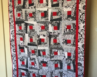 Scrappy Log Cabin Quilt - Lap Size