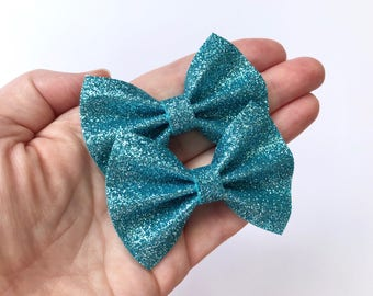 Blue Glitter Felt Pigtail Hair Bow Set // Spring Easter Piggie Bows Hair Clips // Pigtail Bows Mini Bows Baby Toddler Bow
