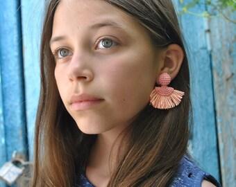 Tassel pink Short Earrings,Fan earrings Clip On Earrings, Fringe Earrings, pink rosy beaded tassel clips,Oscar de la Renta