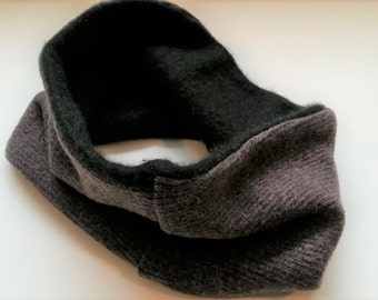Unisex Wool Neckwarmer, Merino and Cashmere Neck warmer, Gaiter, Upcycled wool taupe and green