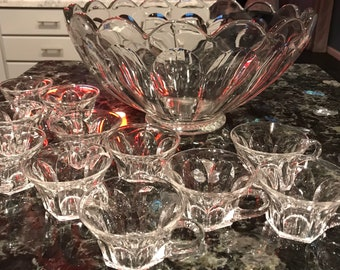 Heisey Punch Bowl with Eleven Cups, Antique Glass 1940s, Glass COLONIAL PANEL Pattern with Star Burst Center, Item #SUE9668