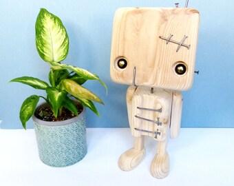 Reclaimed wood - scar robot