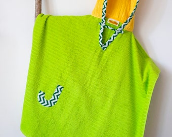 Hooded Towel Poncho, Personalized, in Lime Green and Yellow. Bath Towel. Beach towel. Green Bay Packers Towel.