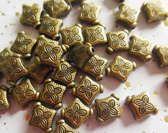 set of 30 acrylic round beads