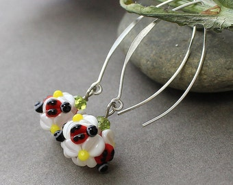 Lampwork Glass Earrings, Daisy Lampwork Flower Earrings, Floral Lampwork Earrings, Floral Glass Earrings, Glass Earrings, Flower Earrings